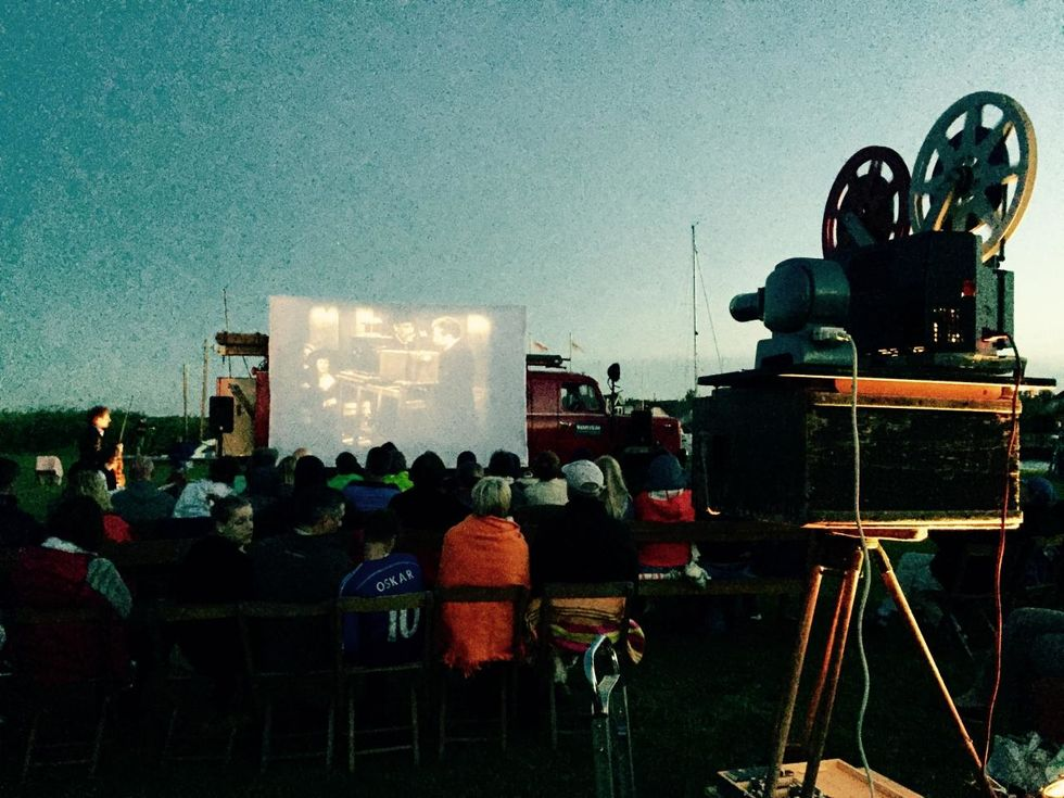 Stummfilmkino am Althäger Hafen